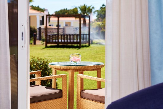 monte da quinta resort reviews