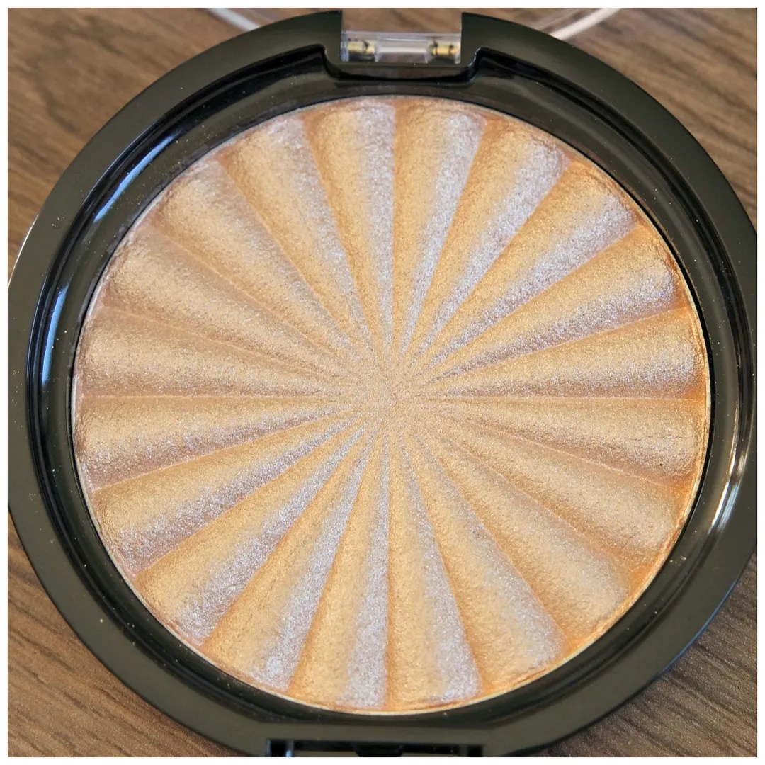 ofra highlighter rodeo drive review